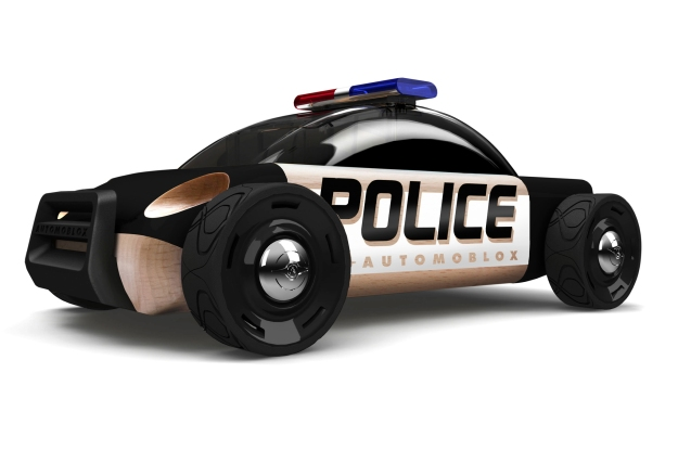 Automoblox-2014-S9-Police-front-three-quarters
